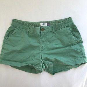 Green Old Navy shorts
